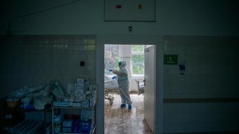 Újabb 10 áldozata van itthon a koronavírusnak