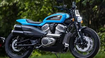 Vízhűtéses blokkal jönne a Harley új café racere és flat trackerje