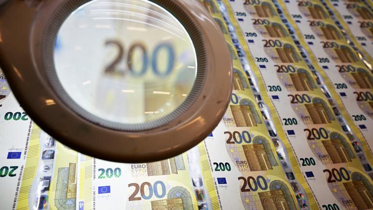 Jó ötlet Sorostól az 1000 milliárd eurós pénzosztás?