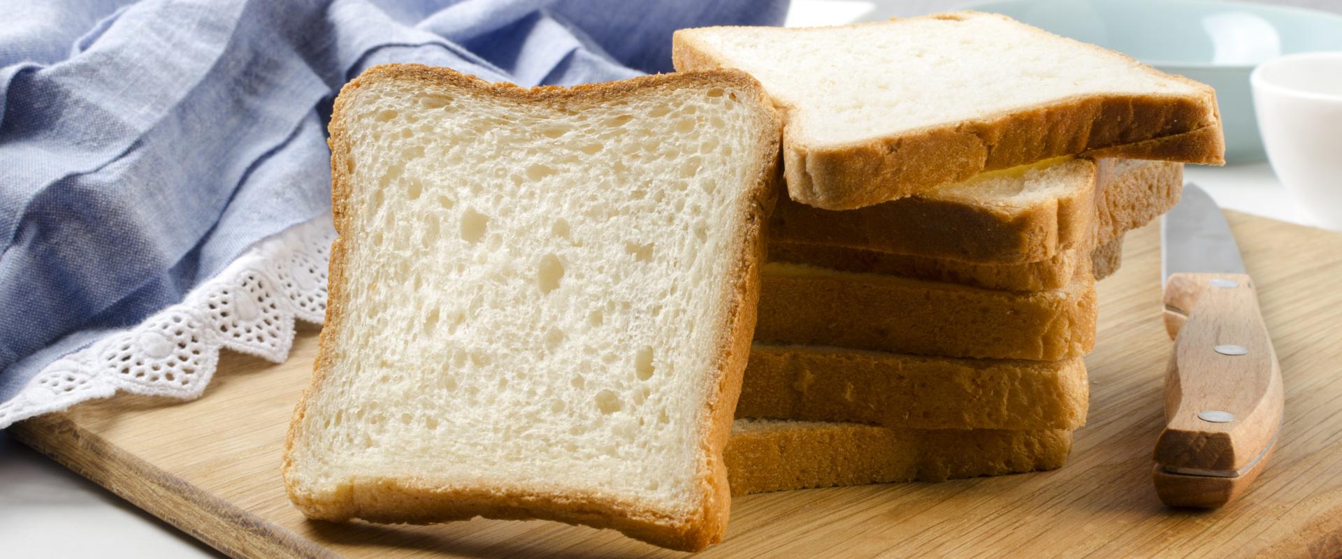 toastkenyér cover