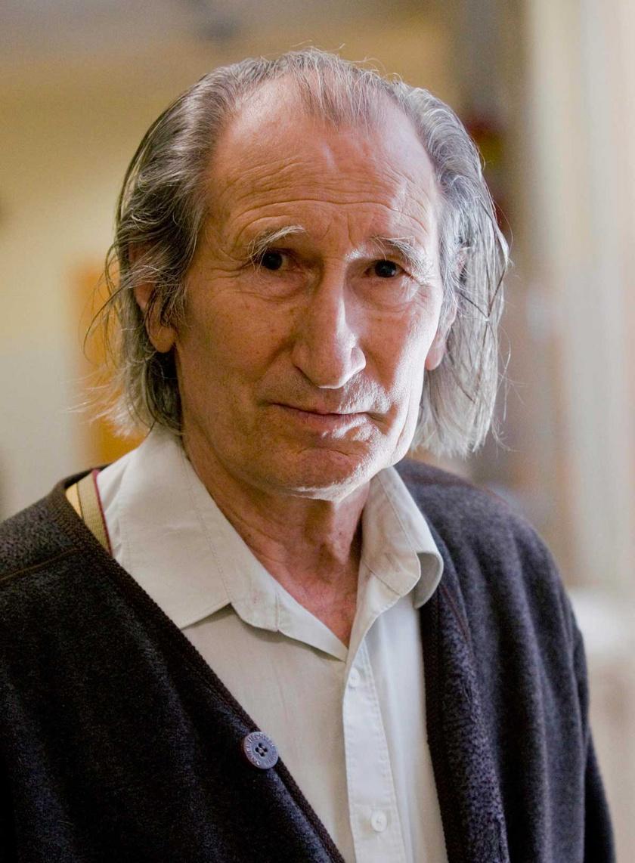 A Gondnok szerepét alakító Szilágyi István 2010 májusában a Gézengúzok című ifjúsági tévéfilmsorozat forgatásán.