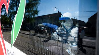 Újabb 13 ember halt meg a koronavírus miatt