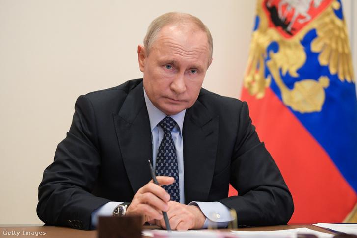 Putyin 2020. áprilisában