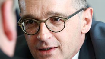 Kizárólag Németországot terheli a felelősség a háborúért és a holokausztért - mondta a német külügyminiszter