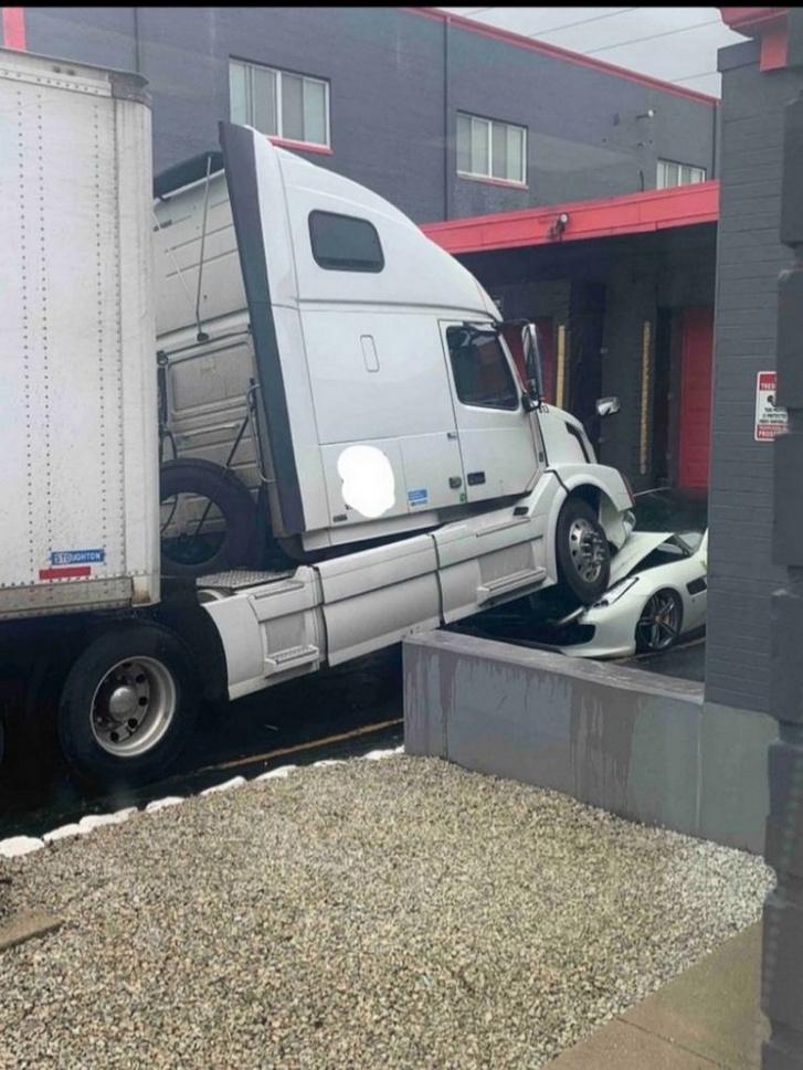 Trucker-3-768x1024