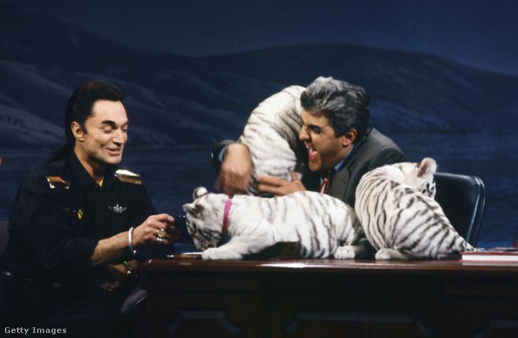 Roy Horn 1992-ben tigriskölyköket vitt Jay Leno show-jába