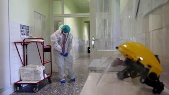 Népszava: Lassan újra fogadhatnak betegeket a kórházak