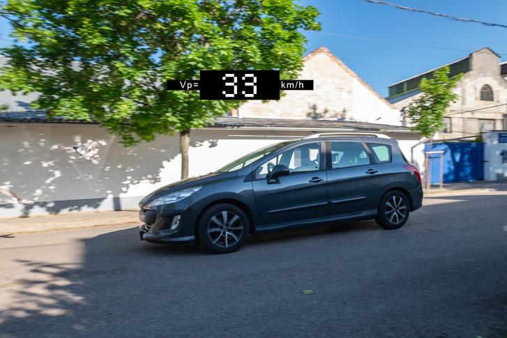 A Peugeot-k sebességmérője nagyon pontos általában