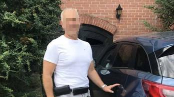 EKG-val együtt lopták el egy orvos autóját