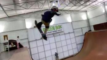 Egy 11 éves brazil srácnak lett meg a gördeszkázás Szent Grálja