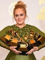 Mi Adele eredeti neve?