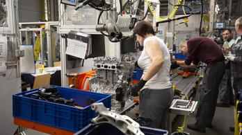 Szerdán újraindul a szentgotthárdi Opel-gyár is