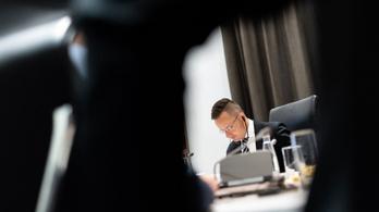 Szijjártó csalódott és aggódik, amiért álhíreket terjesztenek az északi külügyminiszterek