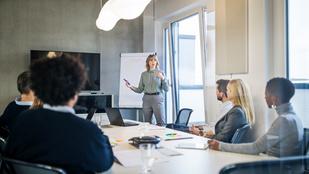 Így tűnj okosabbnak egy meetingen