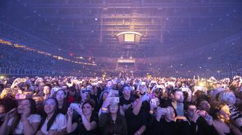 Egy iparági jóslat szerint még legalább egy évig nem lesznek koncertek