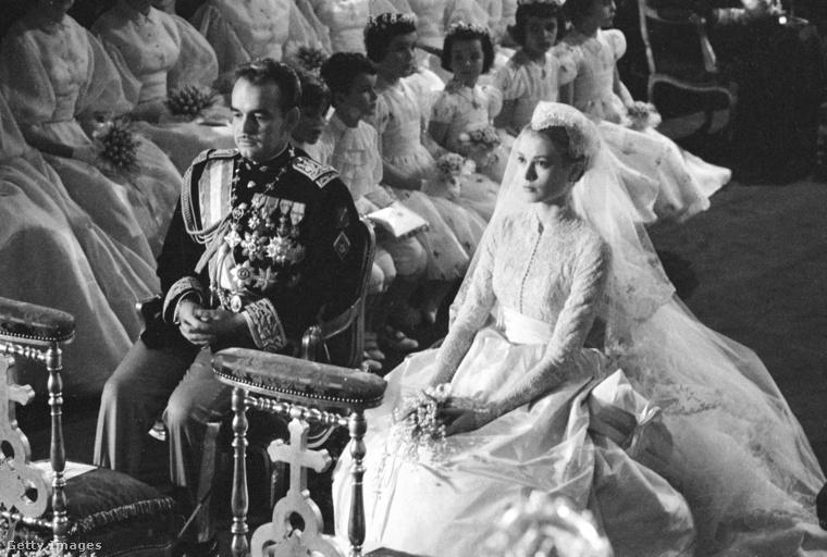 III. Rainier monacói herceg és Grace Kelly esküvője.