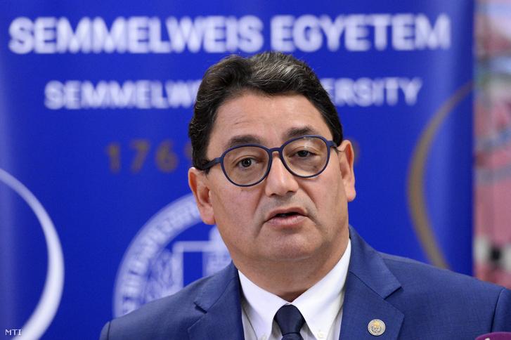 Merkely Béla, a kutatást koordináló Semmelweis Egyetem rektora