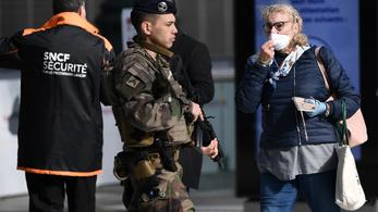 Franciaországban meghosszabbították a szükségállapotot