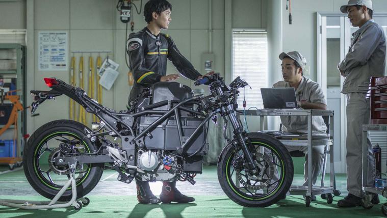 Kawasaki-electric-motorcycle-project-03