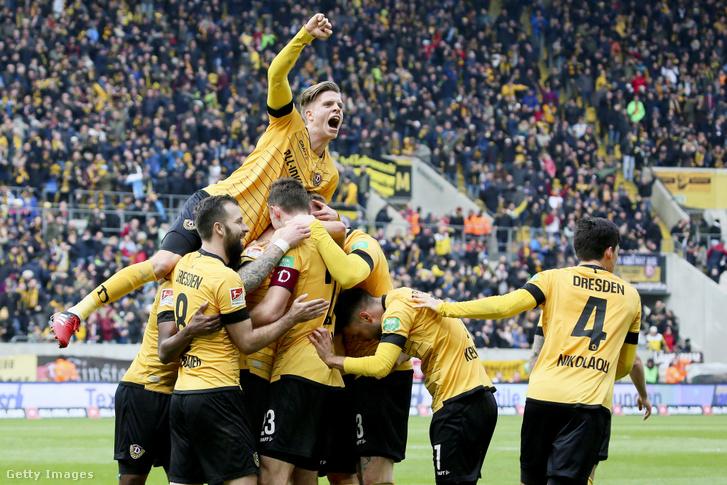 A március 8-i meccsen a Dynamo Dresden gólöröme a közönség előtt zajlott