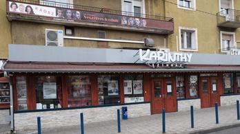 Vidnyánszkyék kaptak háromszázmilliót a Karinthy Színház megvásárlására