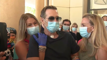 Egy százalék esélyt adtak neki, de túlélte a vírust egy kaliforniai férfi