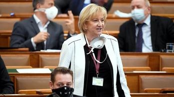 Az LMP és a Párbeszéd szerint a Fidesz kiherélte a klímavédelmi javaslatokat