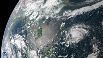 190 km/órás széllökésekkel érkezett meg az év első tájfunja a Fülöp-szigetekre
