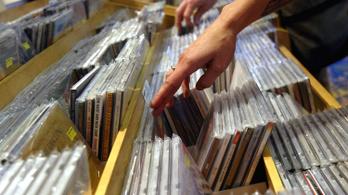 Még mindig úgy visszük itthon a CD-t és a bakelitet, mint a cukrot