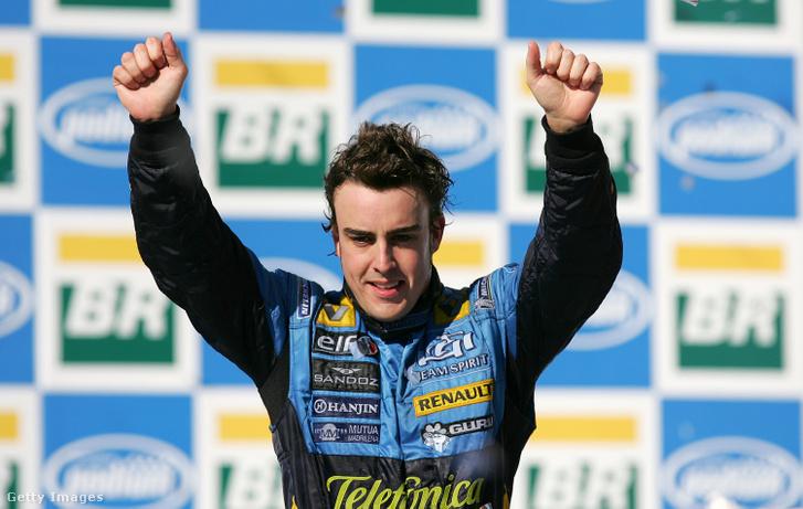 Fernando Alonso a 2006-os világbajnoki cím megnyerése után