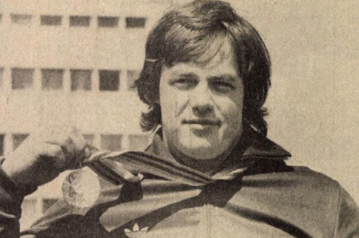 Baczakó Péter a félnehézsúlyú kategória olimpiai aranyérmével