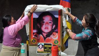 A pancsen láma szabadon engedését követeli Kínától az USA