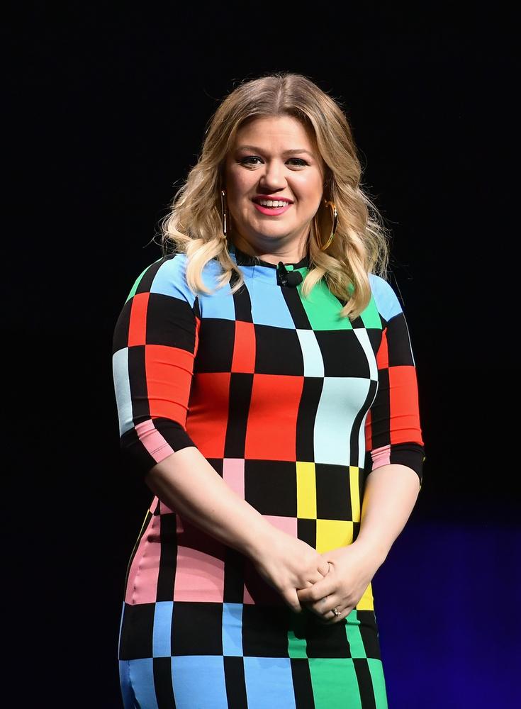 Kelly Clarkson - StrandszerelemMiután az énekesnő 2002-ben megnyerte az American Idol első szériáját, úgy gondolta, remek ötlet lenne színésznőként is kipróbálnia magát