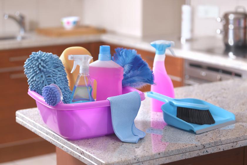 7 tisztítószer, amit soha ne használj egyszerre! Nagy baj lehet belőle