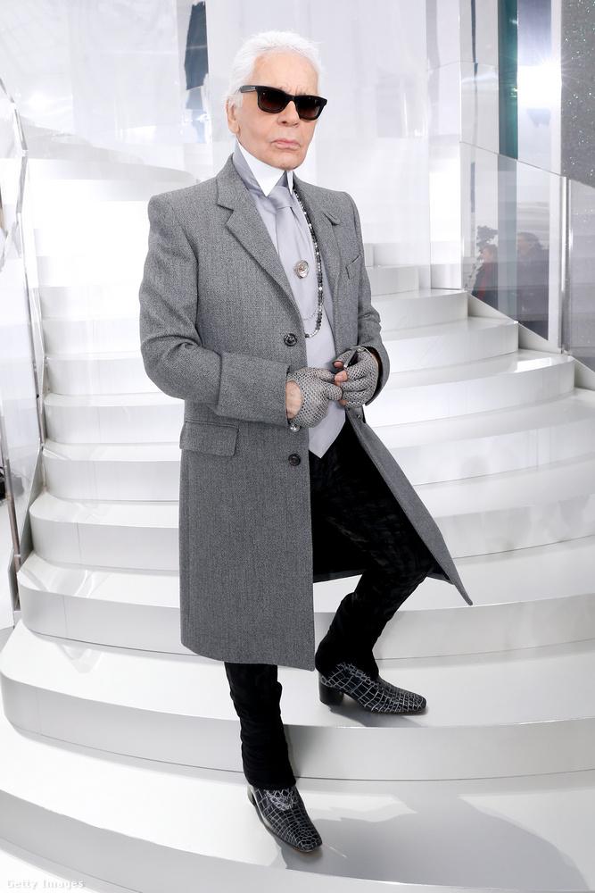 Karl LagerfeldA tavaly elhunyt divattervező élete sem volt mentes az őrült diétáktól