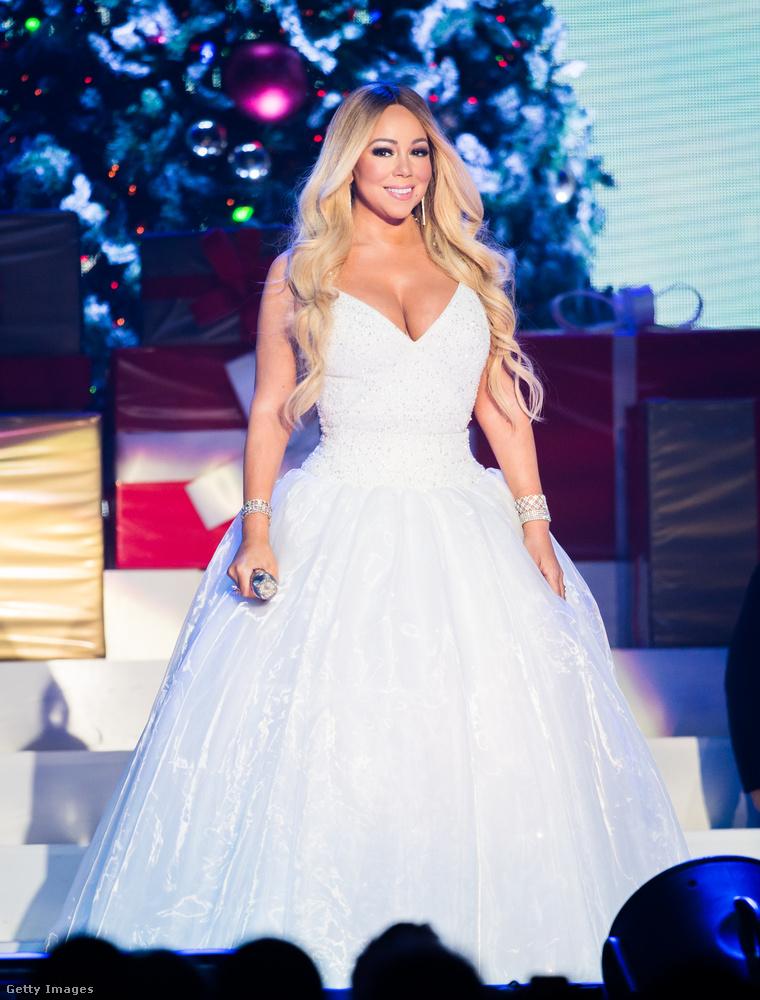 Mariah CareyA kolléganői körében nem túl népszerű Carey 2016-ban az E! Newsnek mesélt különös diétájáról, amely alatt állítólag semmi másból sem állt az étrendje, mint norvég lazacból és kapribogyóból