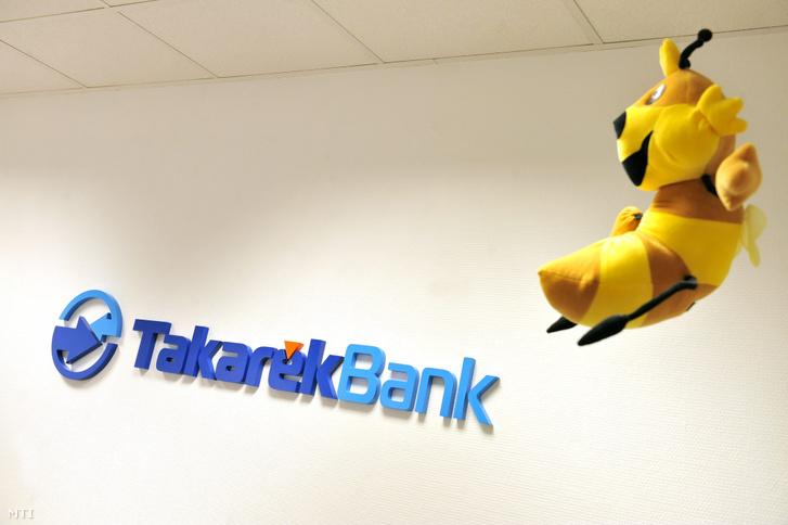 A Takarékbank neve és logója, valamint egy plüssméhecske