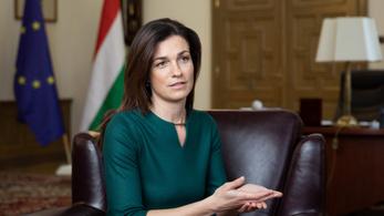 Varga Judit szerint a rendőrség tévedett, amikor rémhírterjesztés gyanújával két férfit a véleménye miatt állított elő