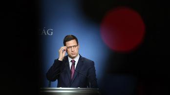 Gulyás: Vasárnap éjféltől szűnnek meg a korlátozások Budapesten