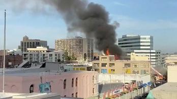 Horrortüzet okozott egy Los Angeles-i hasisolajraktár