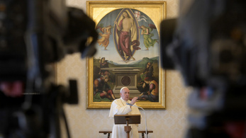 Ferenc pápa: Mindenki tartsa be a templomokban az óvintézkedéseket
