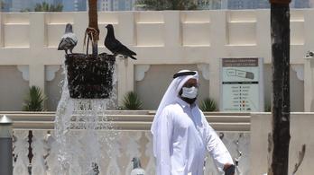 Három év börtön is járhat, ha valaki nem visel maszkot Katarban