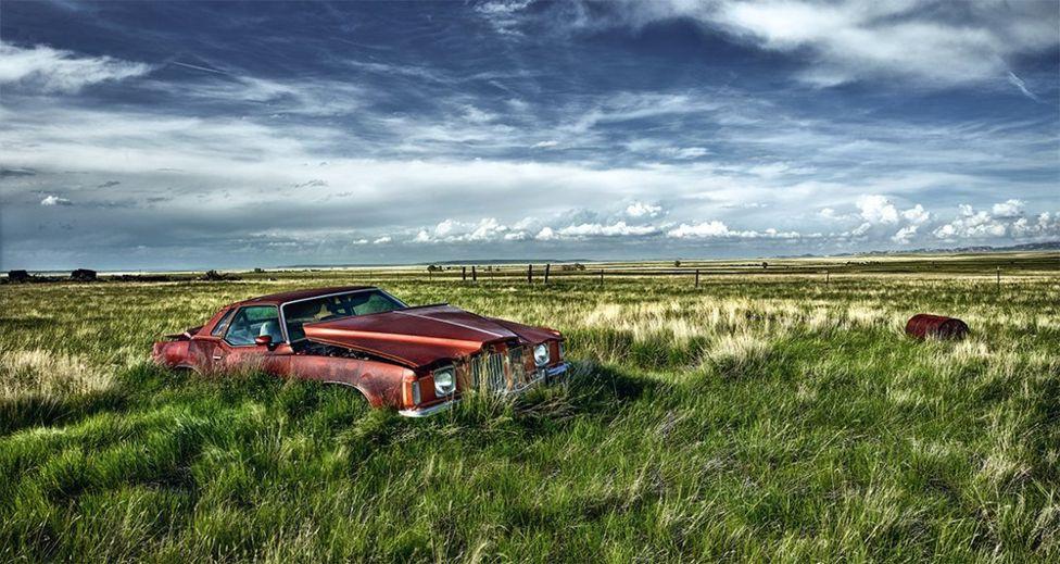 Ez a Pontiac Grand Prix 1974-es évjáratú,  a sorozatot 1962-től egészen 2008-ig gyártották. Ez is Amerikában került lencsevégre.