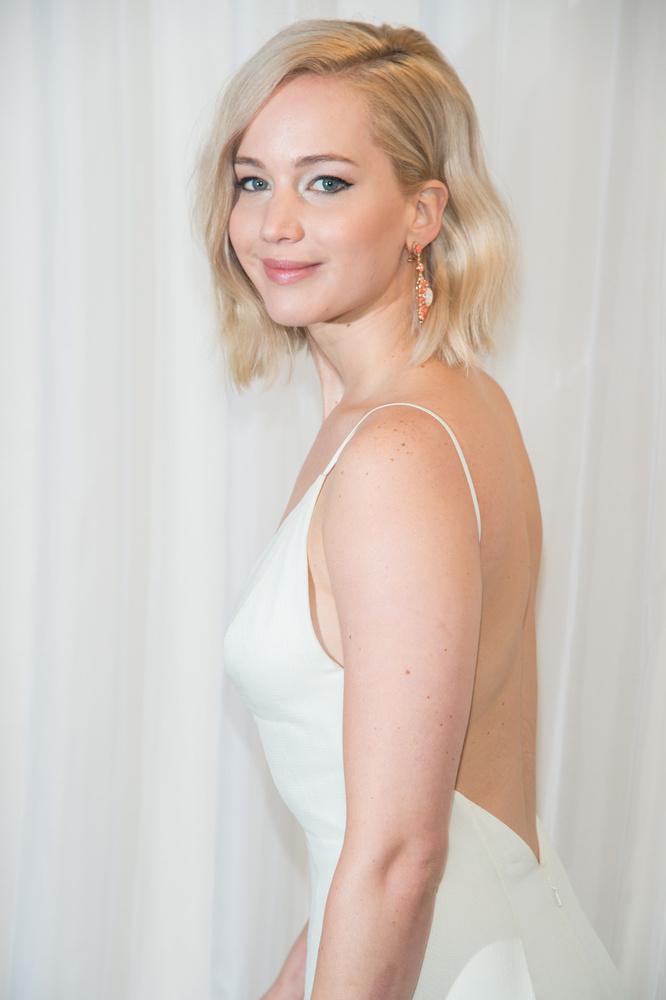 Jennifer LawrenceA színésznő sok más kolléganőjével ellentétben igenis ad az élvezeteknek
