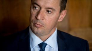 Jobbik: leváltják Sneider Tamást