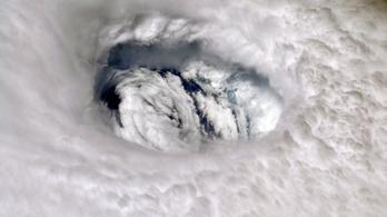 A sziszegős dezodorok és a vulkánkitörések is hatnak a hurrikánok képződésére