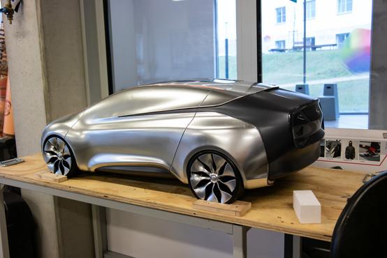 Varga László, aki ezt készítette, azóta már a Pech Automotive dizájnere - a céget Ferdinand Piech fia alapította, elektromos autók gyártására