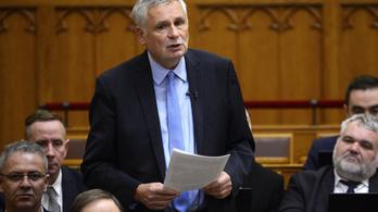 Nemcsak Balczó Zoltánból lesz parlamenti alelnök, teljesen új bizottsági névsort jelöl a Jobbik