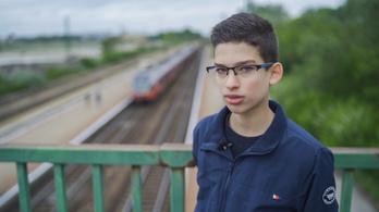 14 évesen oldja meg a település problémáit