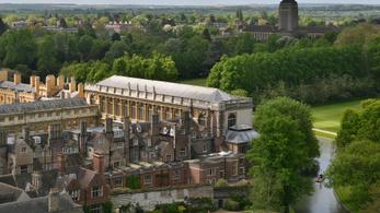 2021 nyaráig marad a digitális oktatás a Cambridge Egyetemen